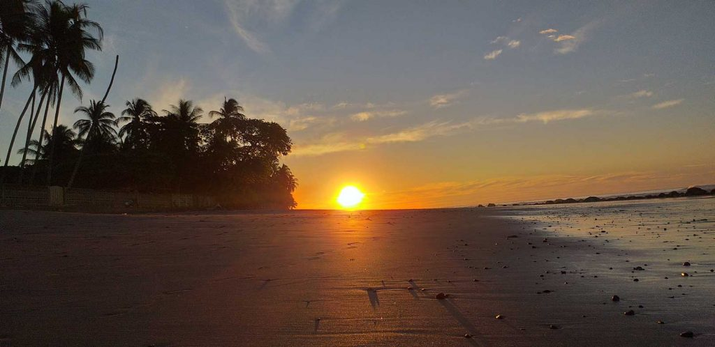 A beautiful sunsent in a beach of El Salvador