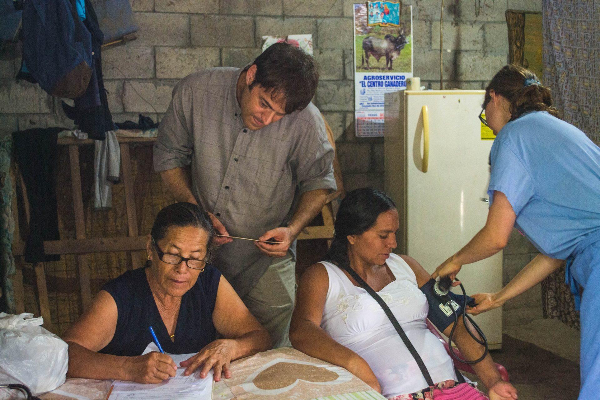 Suchitoto Midwives Association work alongside IU students of Medicine in communities of El Salvador